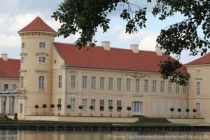 Rheinsberg Schloss Seite